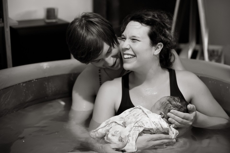water-birth-smiling